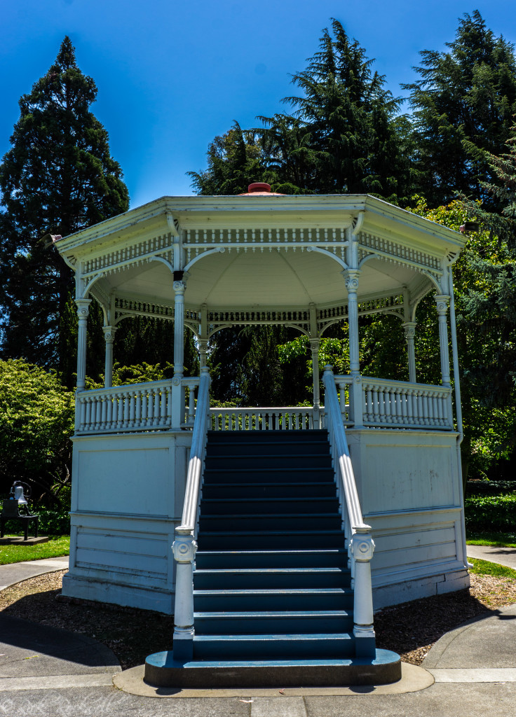 alden park gazebo (1 of 1)