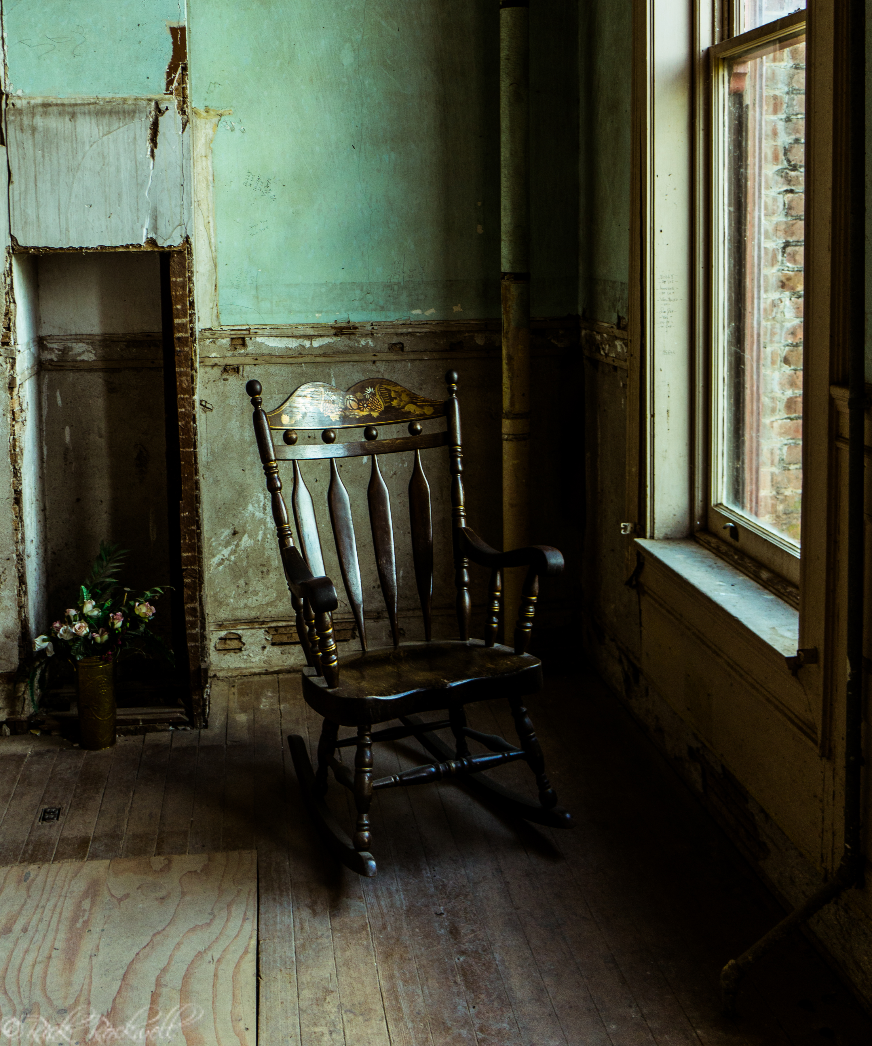 Photo of Photo Essay: Preston Castle Dining Room and Kitchen