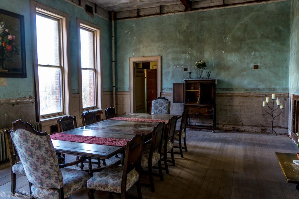 preston castle dining room (1 of 1)