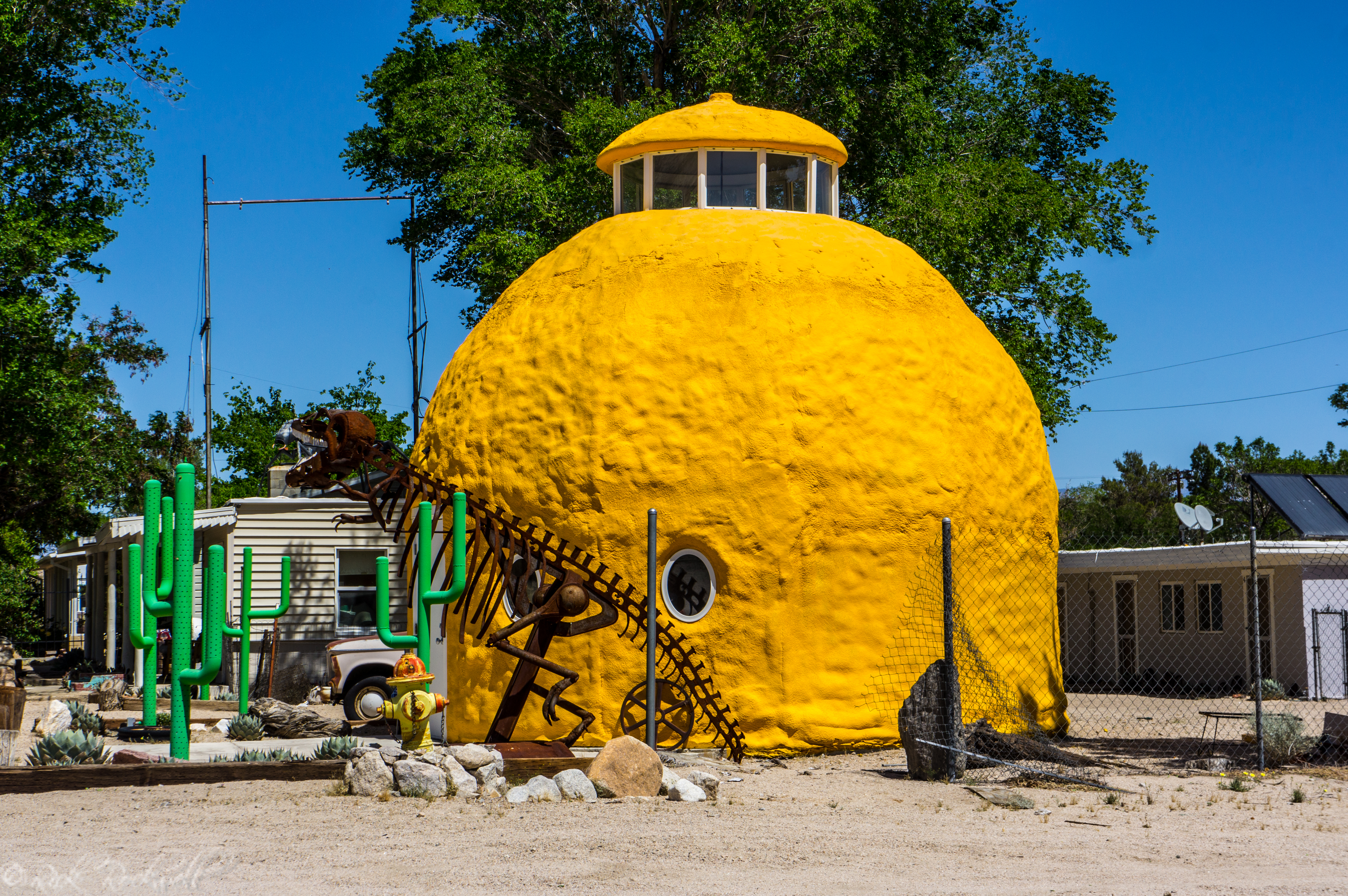 Photo of The mysterious Orange shaped building of Cartago