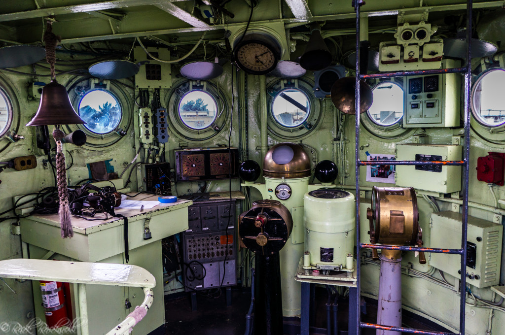 uss lcs 102 control room (1 of 1)