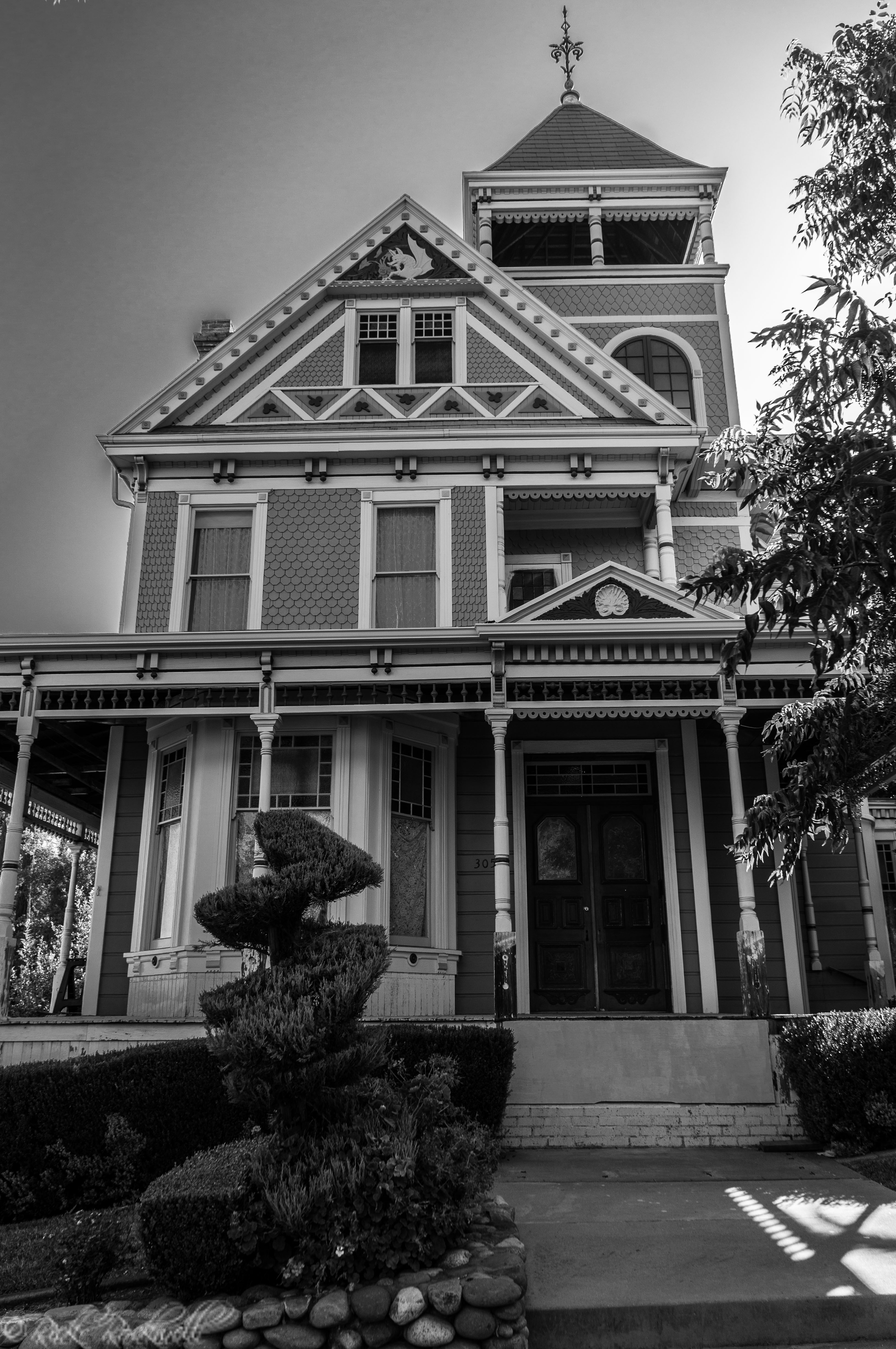 Photo of The Cohn House: Folsom's historical, non-haunted mansion