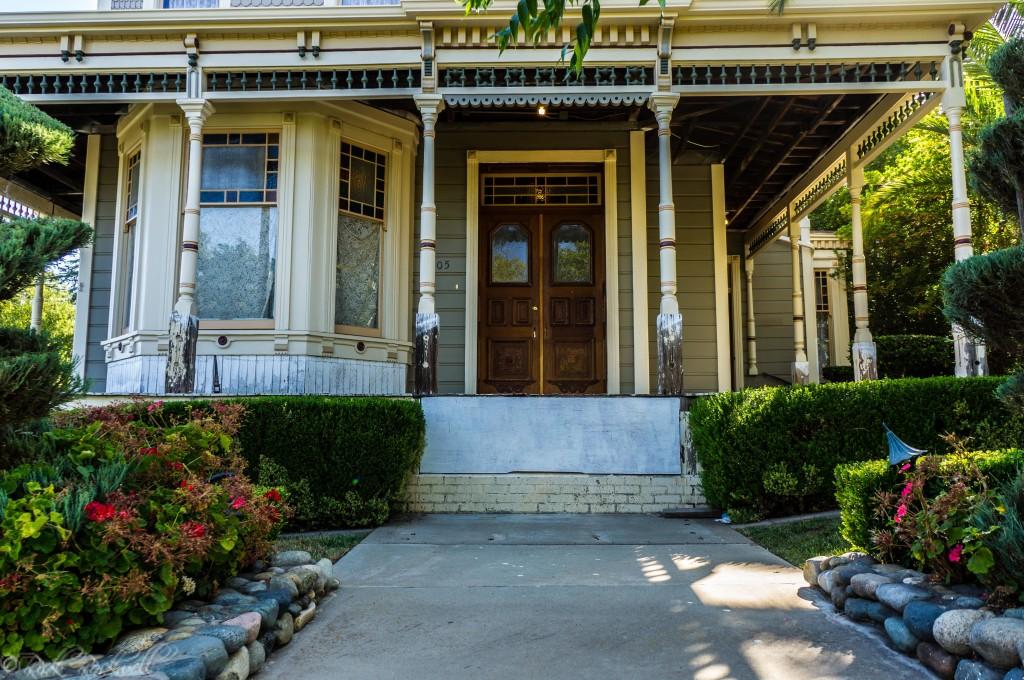 cohn mansion front entrance (1 of 1)