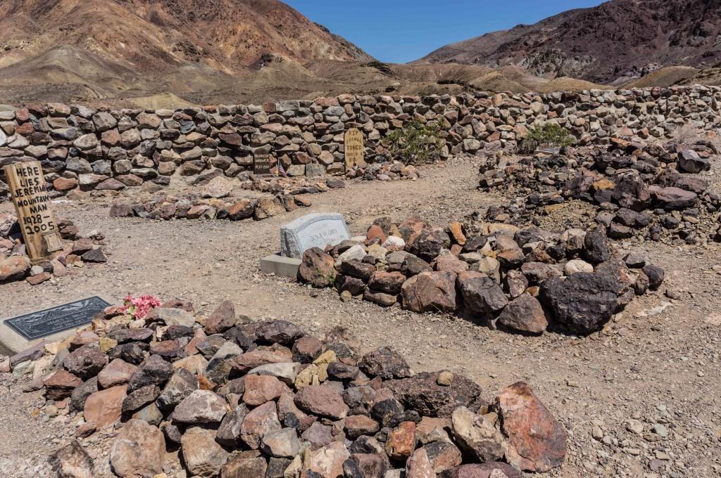 calico cemetery 4 (1 of 1)